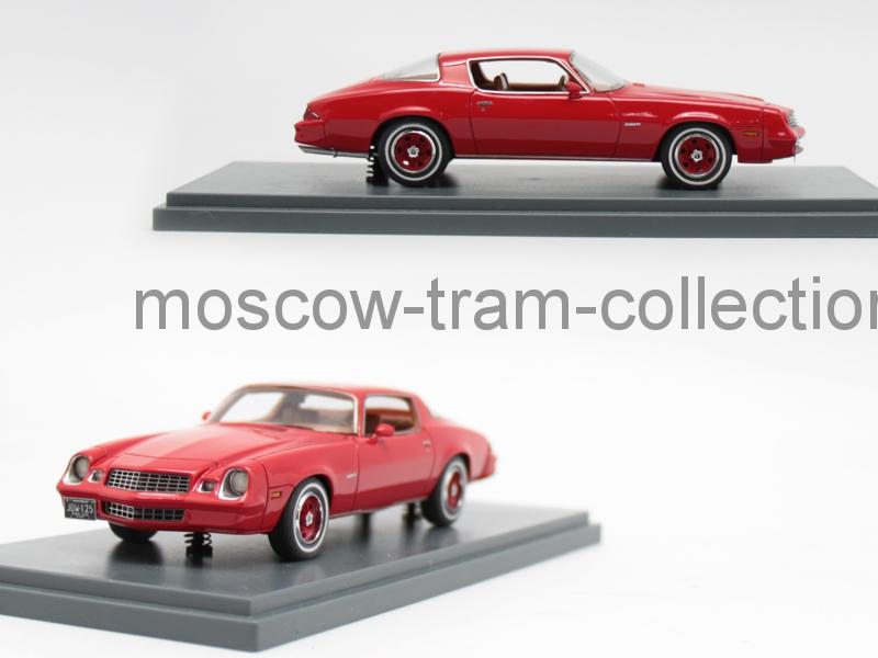 Коллекционная масштабная модель 1:43 Chevrolet Camaro LT red