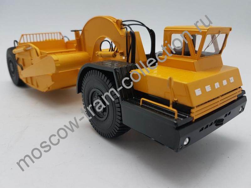 Коллекционная масштабная модель 1:43 БелАЗ-531 скрейпер Д-392 серийный