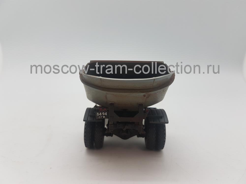 Коллекционная масштабная модель 1:43 ММЗ-553 на шасси ЗИЛ 164