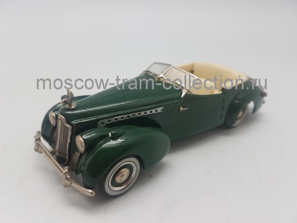 Коллекционная масштабная модель 1:43 Packard Darrin (OPEN) 1940