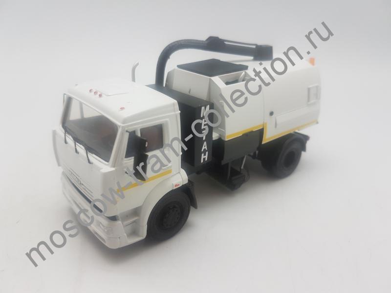 Коллекционная масштабная модель 1:43 КАМАЗ 53605 ПУМ