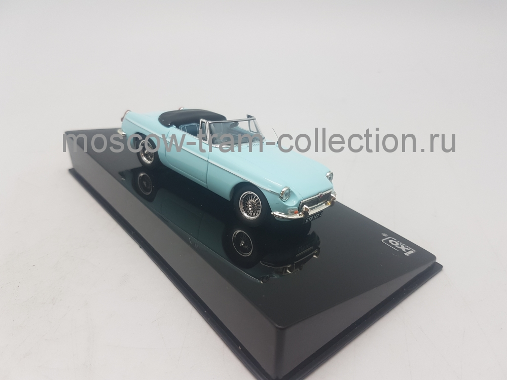 Коллекционная масштабная модель 1:43 MG B Cabriolet L 1964