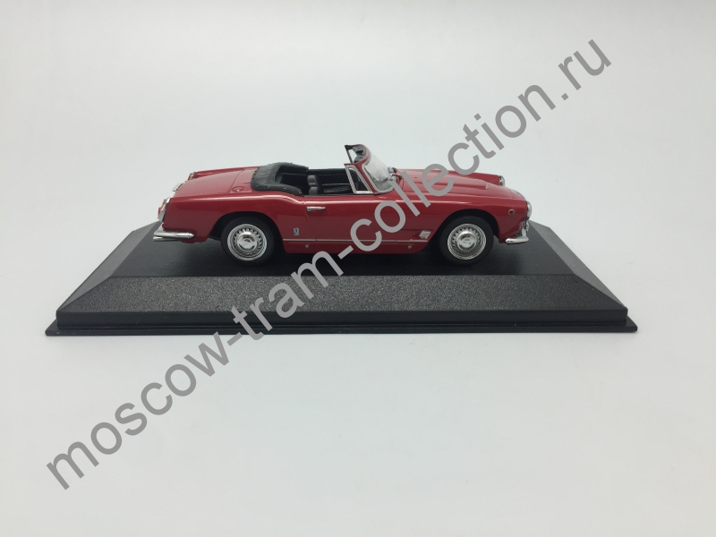 Коллекционная масштабная модель 1:43 Meserati 3500 GT Vignale Spider (red)