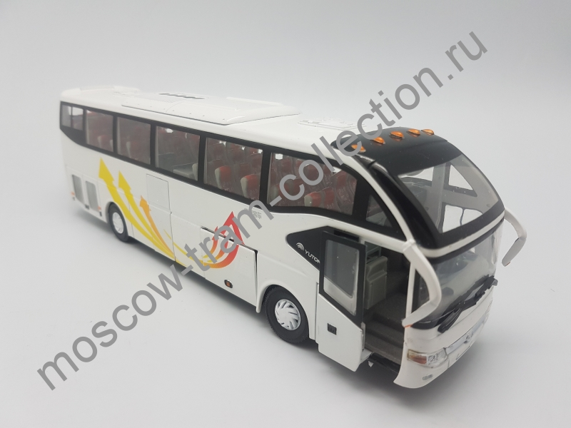 Коллекционная масштабная модель 1:43 Yutong zk6127h