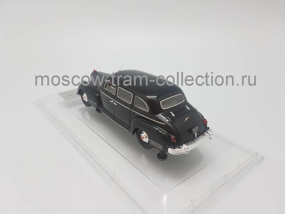 Коллекционная масштабная модель 1:43 ЗИС 115 Москва Кремль (1980), черный