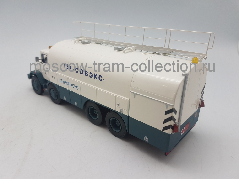 Масштабная коллекционная модель КрАЗ 260 ТЗК 30