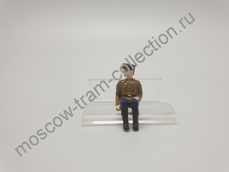Коллекционная масштабная модель 1:43 Фигурка военный арт032