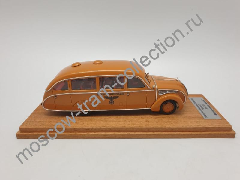 Коллекционная масштабная модель 1:43 Mercedes-Benz lo2600