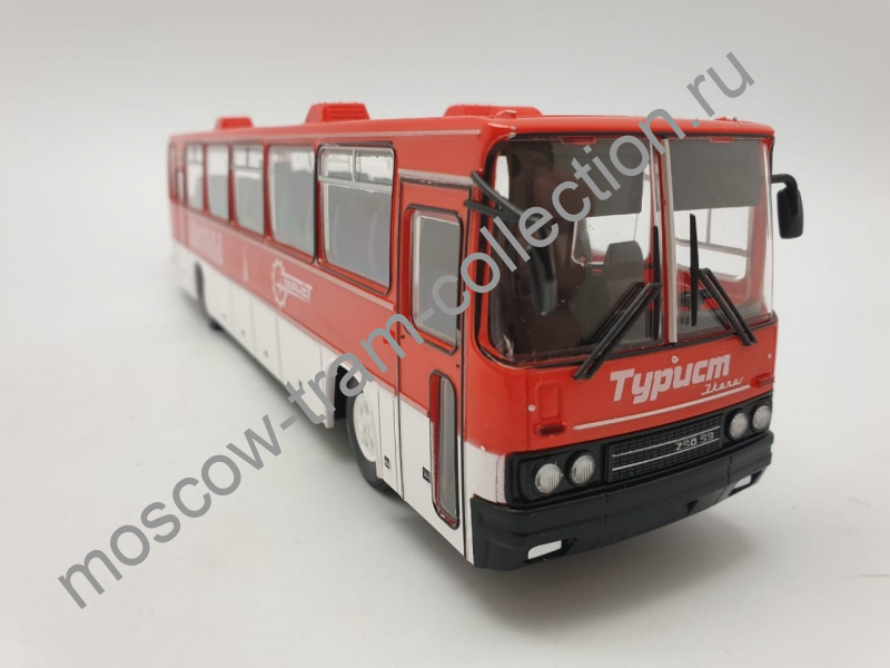 """Коллекционная масштабная модель 1:43 Икарус-250.59 """"Турист Москва"""""""