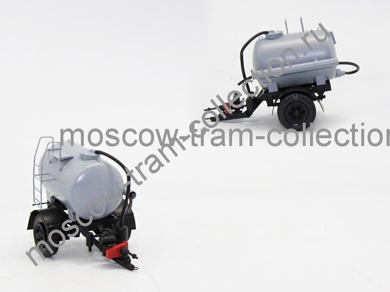 Коллекционная масштабная модель 1:43 Бочка для тракторов ПЦФ-3 3