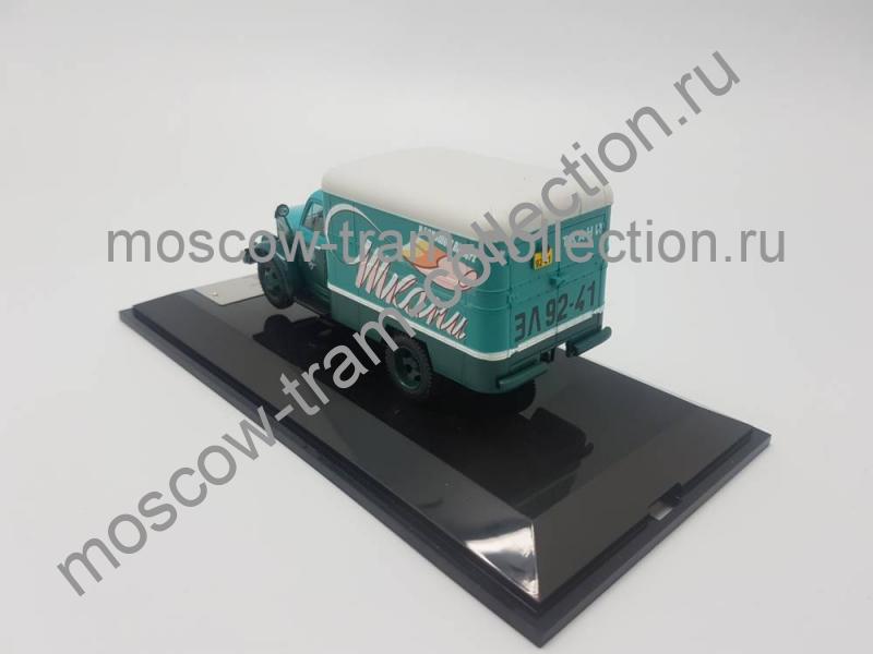 """Коллекционная масштабная модель 1:43 Горьковский автомобиль 51 фургон КИ-51 """"Ткани"""" 1953"""