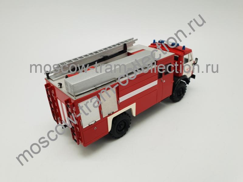 Коллекционная масштабная модель 1:43 АЦ 3-40 (4326) Пожарная автоцистерна (на базе КАМАЗ 4326) ПЧ 13 Москва