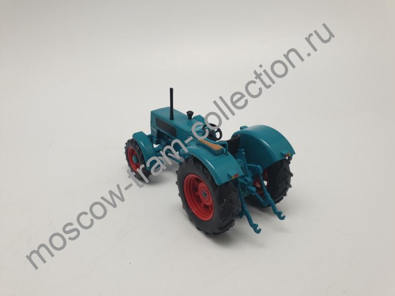 Коллекционная масштабная модель 1:43 Hanomag Robust 900 A