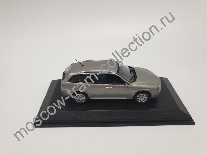 Коллекционная масштабная модель 1:43 Alfa Crosswagon Q4