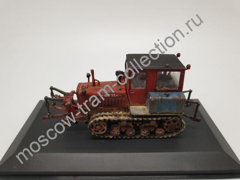 Коллекционная масштабная модель 1:43 ДТ-75К