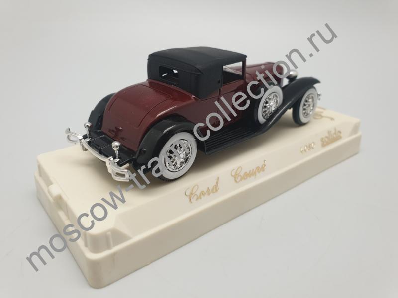 Коллекционная масштабная модель 1:43 Cord Coupe
