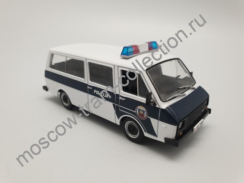 Коллекционная масштабная модель 1:43 Выпуск №044 Raf 22038