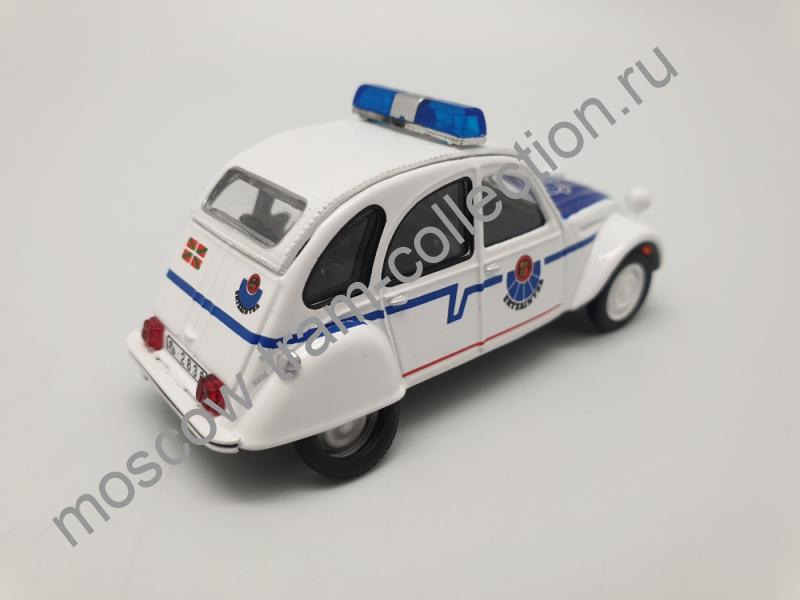 Коллекционная масштабная модель 1:43 Выпуск №064 - Citroen 2CV Ertzaintza