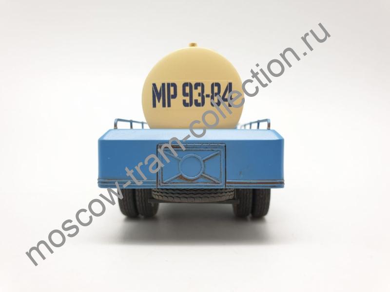 """Коллекционная масштабная модель 1:43 ЗИС-150 АЦ-28 """"Молоко"""" запыленная"""