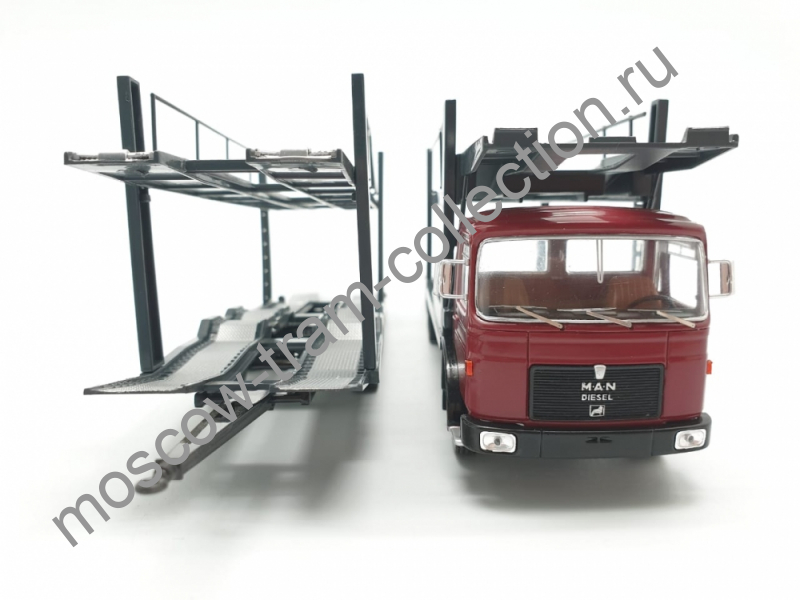 Коллекционная масштабная модель 1:43 MAN (Car transporter with trailer) 1970г.