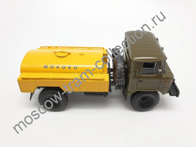 """Коллекционная масштабная модель 1:43 ГАЗ-66,""""Молоко"""""""