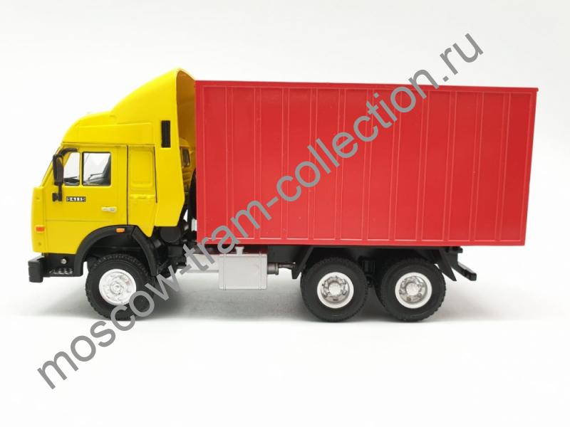 Коллекционная масштабная модель 1:43 Камаз контейнер