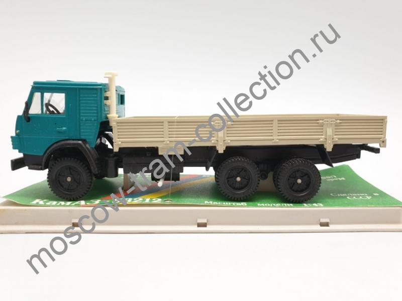 Коллекционная масштабная модель 1:43 КАМАЗ-53212
