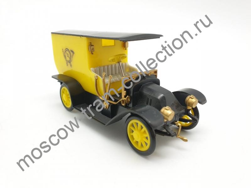 Коллекционная масштабная модель 1:43 Praga Charon Postovni