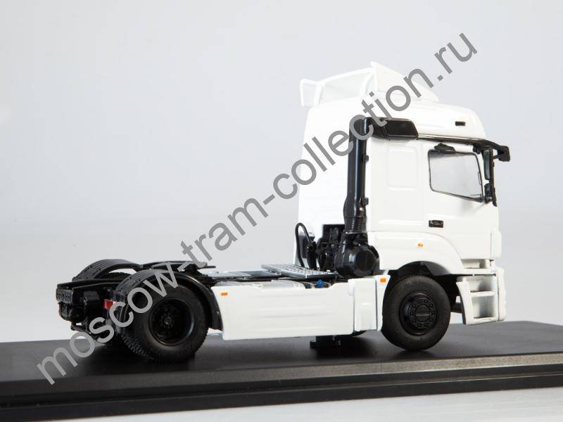 Коллекционная масштабная модель 1:43 КАМАЗ-5490