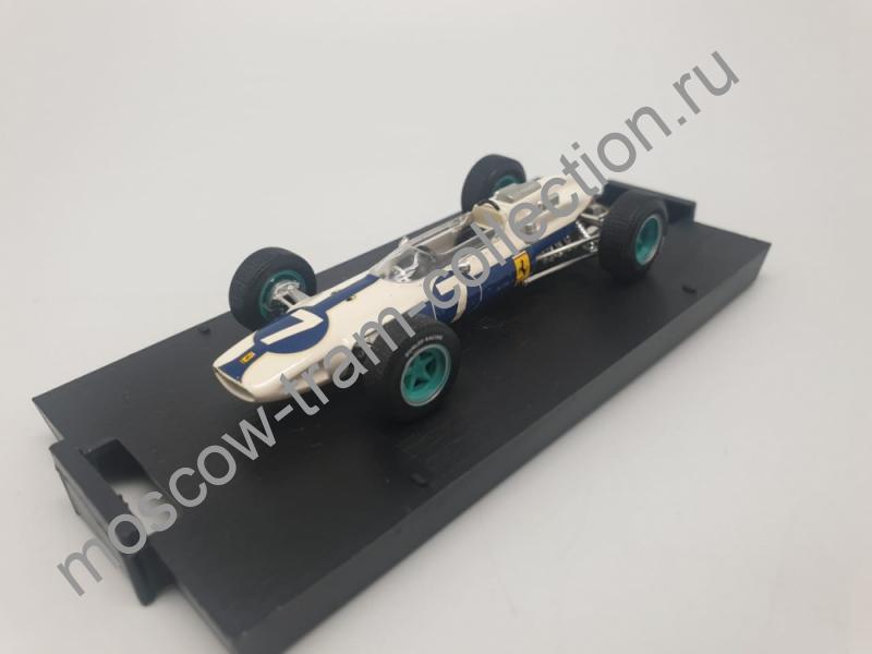 Коллекционная масштабная модель 1:43 Ferrari 158