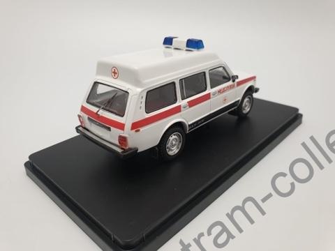 """Коллекционная масштабная модель 1:43 ВАЗ 2131-05 """"Скорая помощь"""""""
