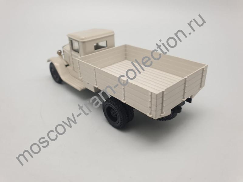 Коллекционная масштабная модель 1:43 ЗИС-6 бортовой