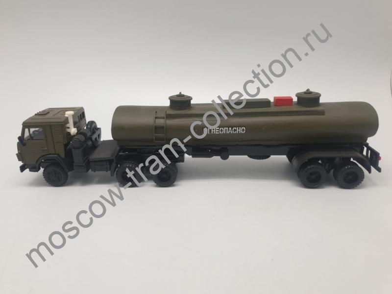 Коллекционная масштабная модель 1:43 КАМАЗ
