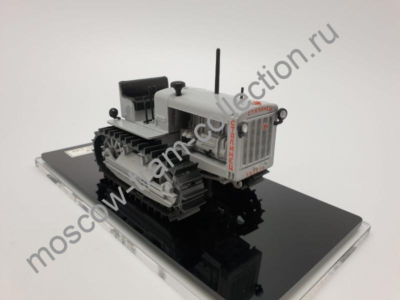 """Коллекционная масштабная модель 1:43 Трактор """"Сталинец-65"""""""
