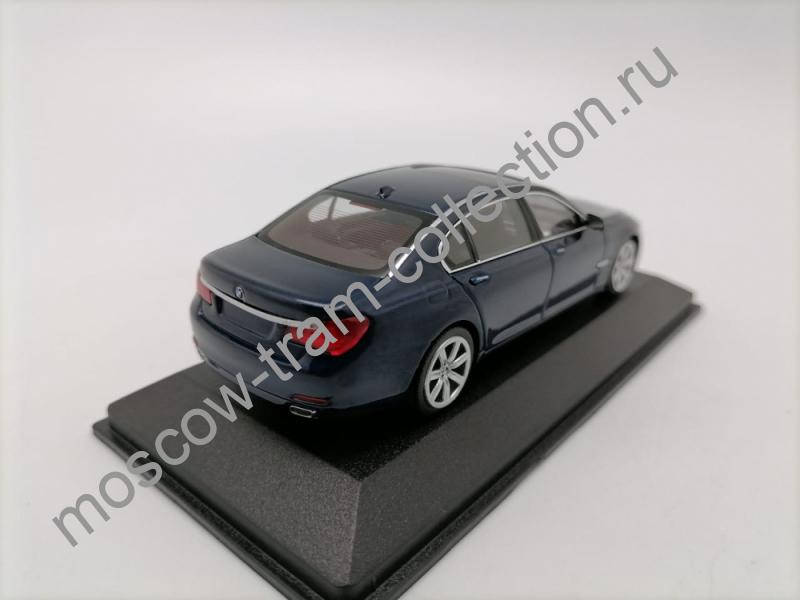 Масштабная коллекционная модель BMW 7er