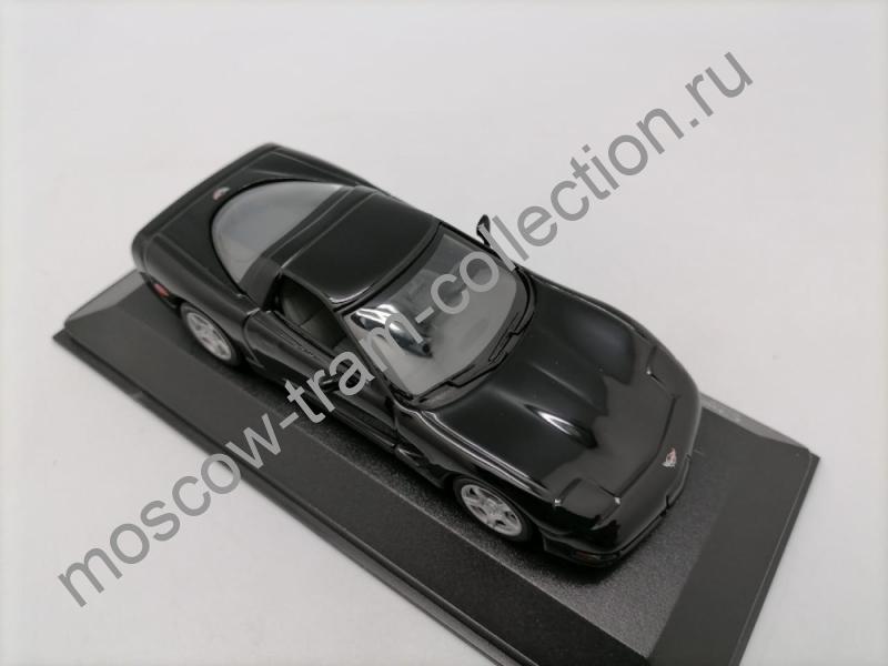 Коллекционная масштабная модель 1:43 Chevrolet Corvette
