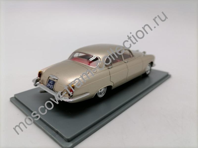 Коллекционная масштабная модель 1:43 Jaguar MK 10