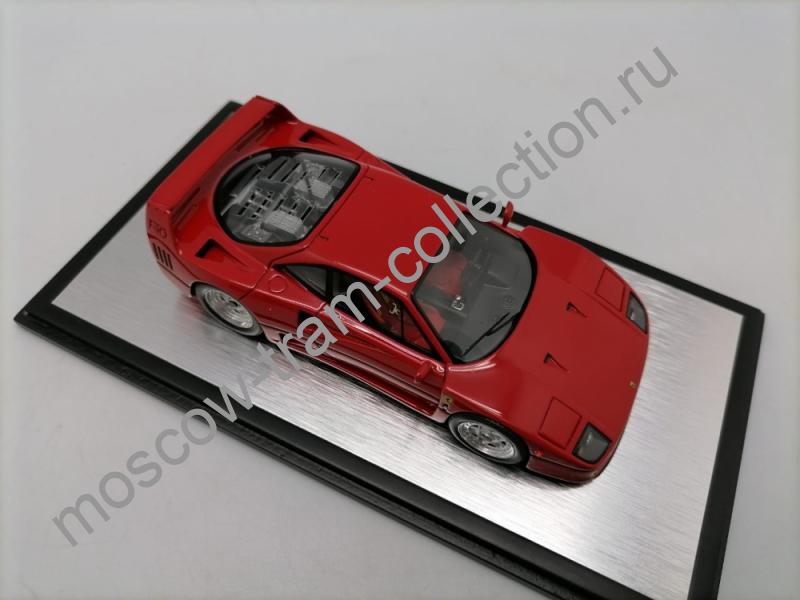 Коллекционная масштабная модель 1:43 Ferrari F-40 Red 1988g.