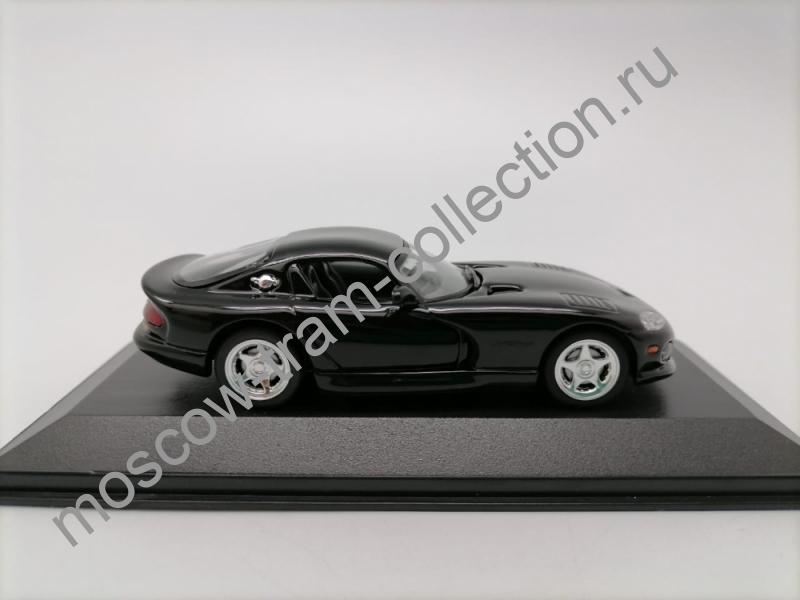 Масштабная коллекционная модель Dodge Viper Coupe