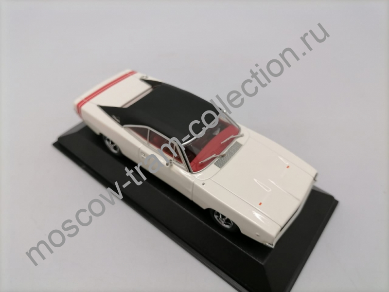 Коллекционные масштабные модели Dodge Charger R/T Hardtop Coupe