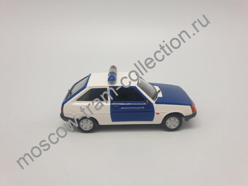 """Коллекционная масштабная модель 1:43 ЗАЗ-1102 """"Таврия"""" Милиция"""